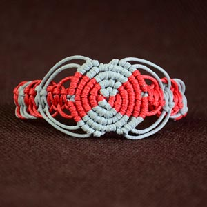 Macrame Circle Bracelet Tutorial