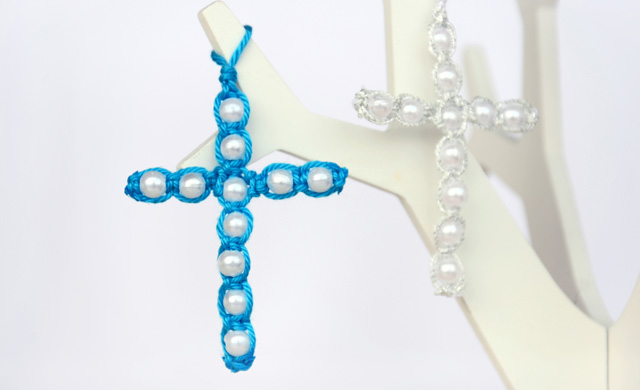 Beaded Macrame Cross (DIY)