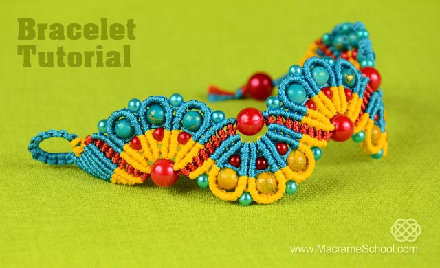 Peacock Tail Bracelet Tutorial